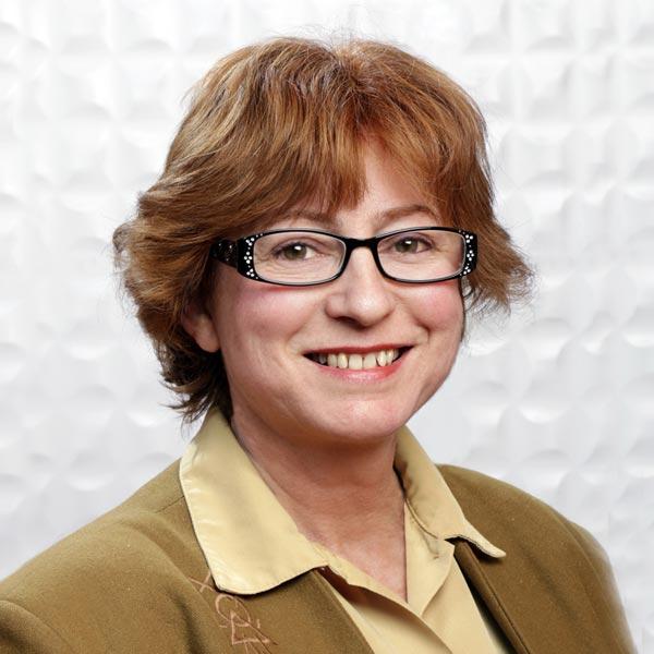 Dr Isabelle Martineau