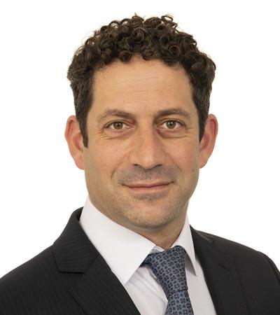 Dr Carlos Kidel
