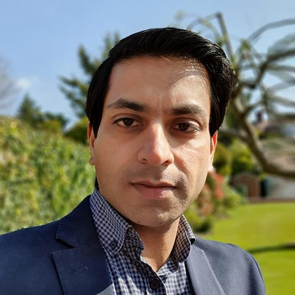 Mr Ravinder Pabla